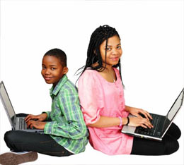 siblings-back-to-back-with-laptops