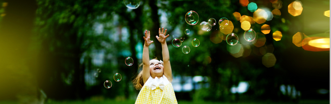 girls with bubbles